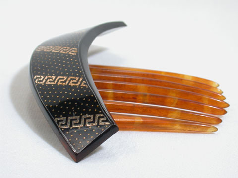 Holding The Key - Pique Hair Comb