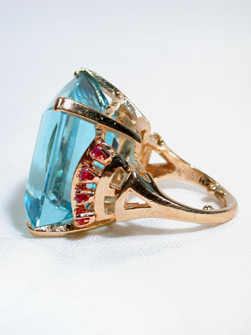 Retropolitian: Sophisticated Aquamarine & Ruby Ring