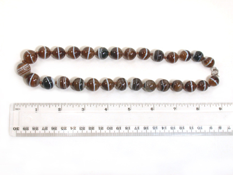 Victorian Banded Agate Bead Necklace