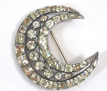 Georgian Chrysoberyl Crescent Moon Brooch