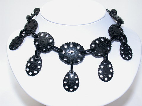 Victorian Grandness: Whitby Jet Necklace