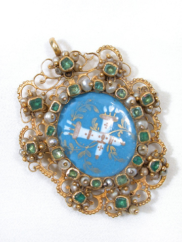 Iberian Love Jewel: 18th C. Emerald  Pendant