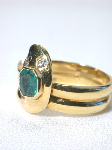 Emerald & Diamond Snake Ring
