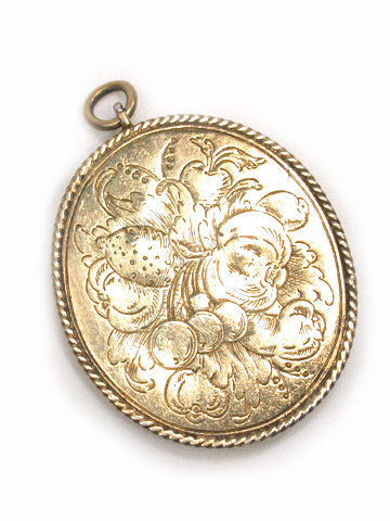 Gilded Knight: 17th to 18th c. Enamel Pendant