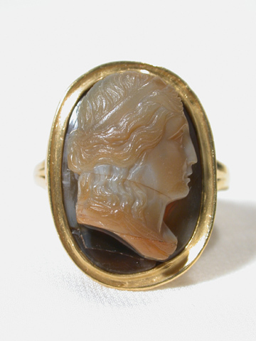 Grecian Motif 17th C. Cameo Ring