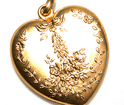 Garlands in Gold - Heart Double Locket