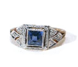 Blue Beauty in a Modern Sapphire Ring