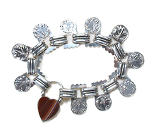 Antique Heart Padlock Oak Leaf Bracelet
