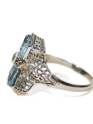 Fanfare for an Aquamarine Filigree Ring