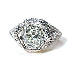 Near Perfection: Diamond Ring of 1.26 ct