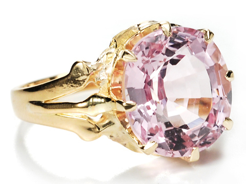Appealing Kunzite & Gold Ring