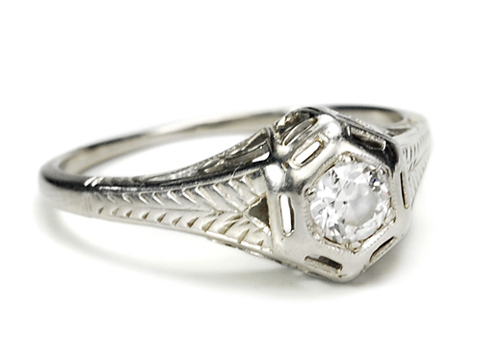Little Charmer: Art Deco 18k Gold Diamond Ring