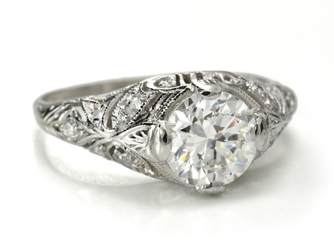 Openness & Beauty in a Platinum Diamond Ring of 1.16 c
