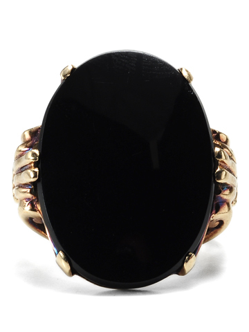 Early 20th c. Large Onyx Ring