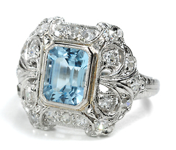 Art Deco Aquamarine & Diamond Platinum Ring