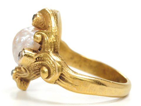 Diamonds & Pearl Art Nouveau Ring