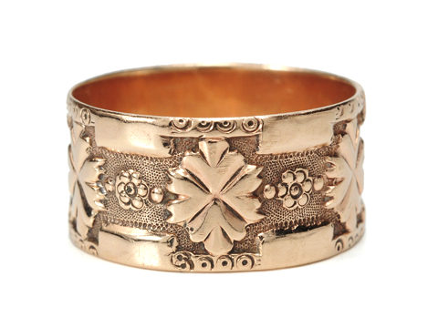 Victorian Promise - Wedding Band of Rose Gold