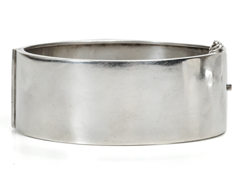 Silver Victorian Bangle with Exotic Animals