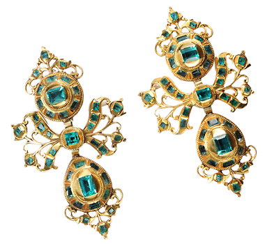 Antique Emerald Earrings of the Iberian Peninsula