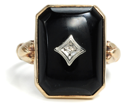 Squared Off: Art Deco Onyx Diamond Ring