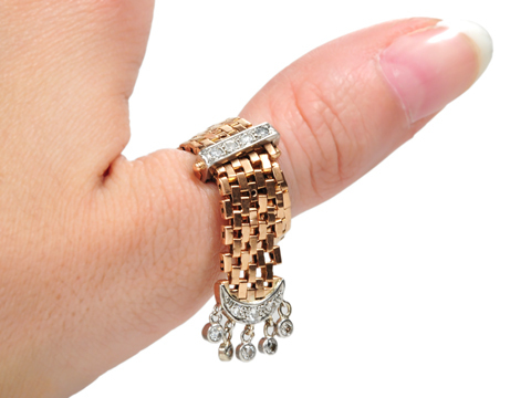 Retro-rific Wonder: Diamond Buckle Ring