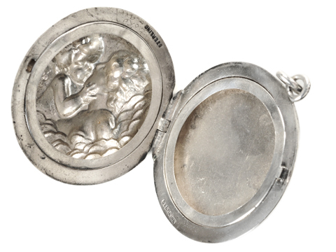Love Disarmed - Eros & Psyche Locket