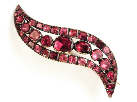 Georgian Almandine Garnet Eye  Brooch