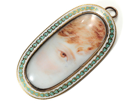 Through an Innocent  Eye - Lover's Eye Brooch