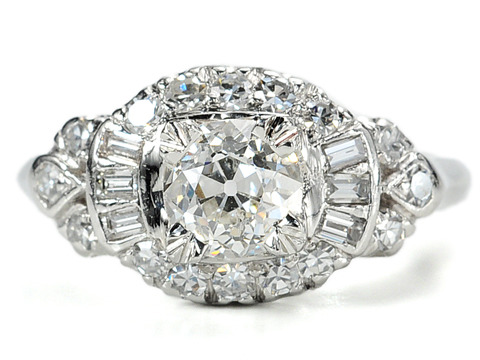 Retro Beauty in a Platinum Diamond Ring