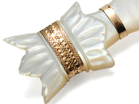 Point This Way: Edwardian Mother-of-Pearl Brooch