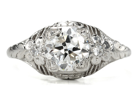 1930s Hollywood Glamour in an Art Deco Ring
