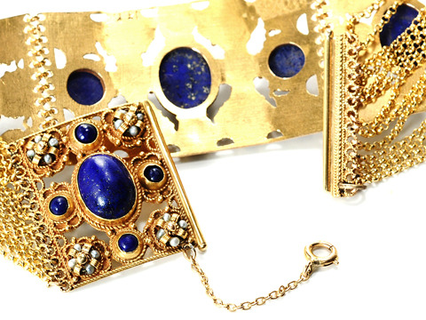 Treasure for King - Gold & Lapis Bracelet