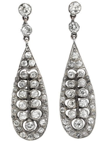 Delicate Art Deco Pendant Earrings