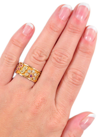 Retro-rrific Tri-Color Gold Eternity Band