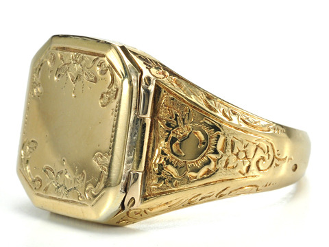 Gentleman's Fine Antique Locket Ring