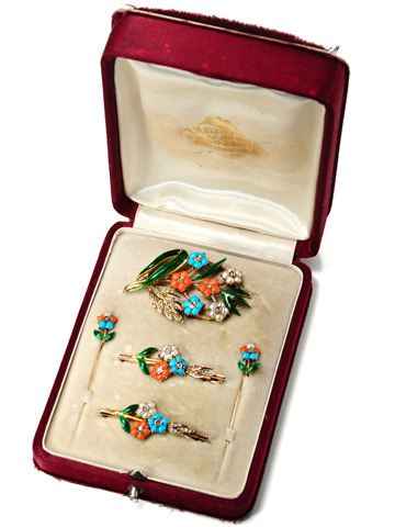 Edwardian Turquoise Coral & Pearl Brooch Set