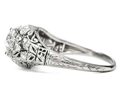 Diamond Delicacy of a Vintage Platinum Ring