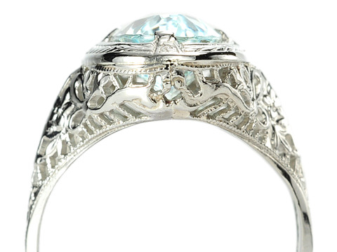 Late Art Deco Aquamarine Filigree Ring