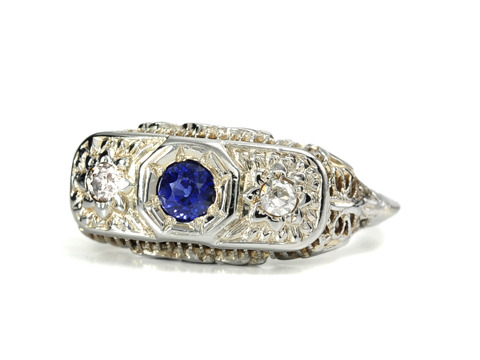 Art Deco Sapphire Diamond Filigree Ring