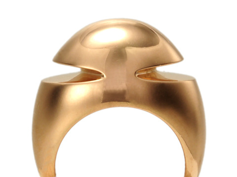 Modernist Chic: Bvlgari Cabochon Pink Gold Ring