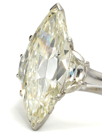 The Sexiest Diamond Around -  6.49 Carats!