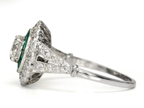 Smoldering Sizzle - Emerald Diamond Ring