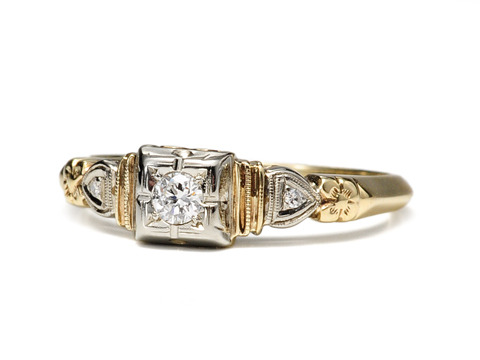 Sweet Art Deco Diamond Engagement Ring