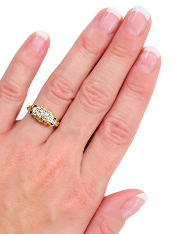 Sweet Delicacy: Diamond Engagement Ring