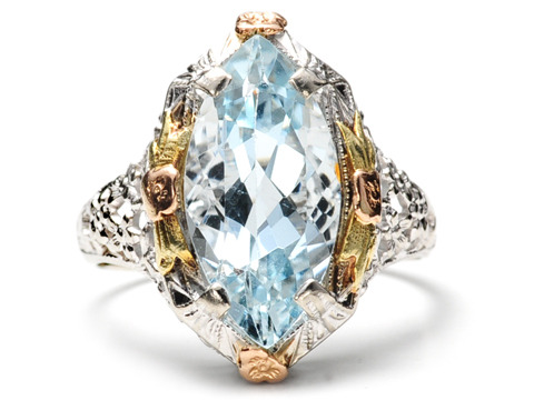 Daring Art Deco Aquamarine Filigree Ring