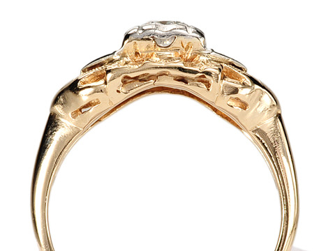 Vintage Advantage in a Diamond Ring