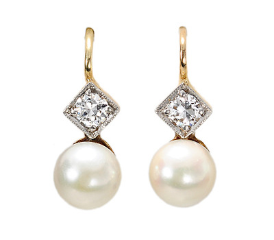 Petite Perfection: Art Deco Diamond Pearl Earrings
