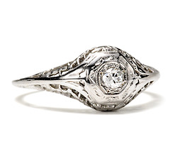 Art Deco Debutante: Diamond Gold Filigree Ring