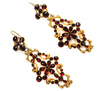 Georgian Pyrope Garnet Pendant Earrings