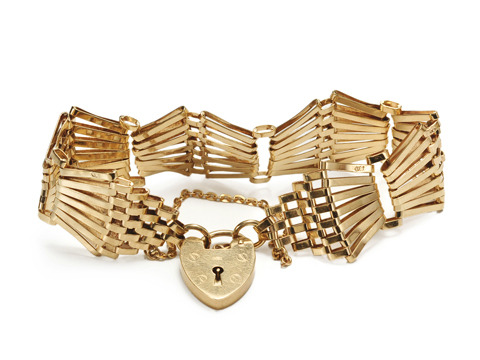English Gate Bracelet with Heart Padlock